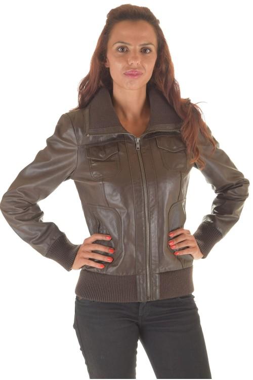 Дамско яке от лъскава естествена кожа 62.00
