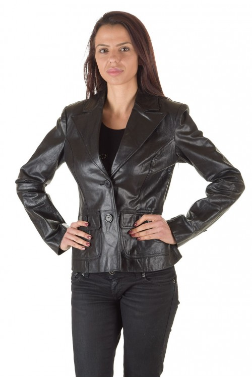 Класическо дамско кожено сако 65.00