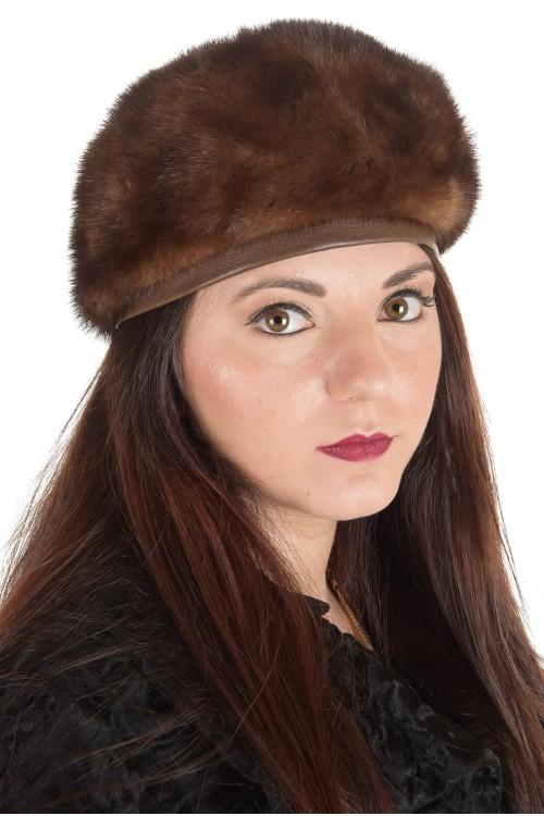 Елегантна дамска шапка от естествен косъм 29.00