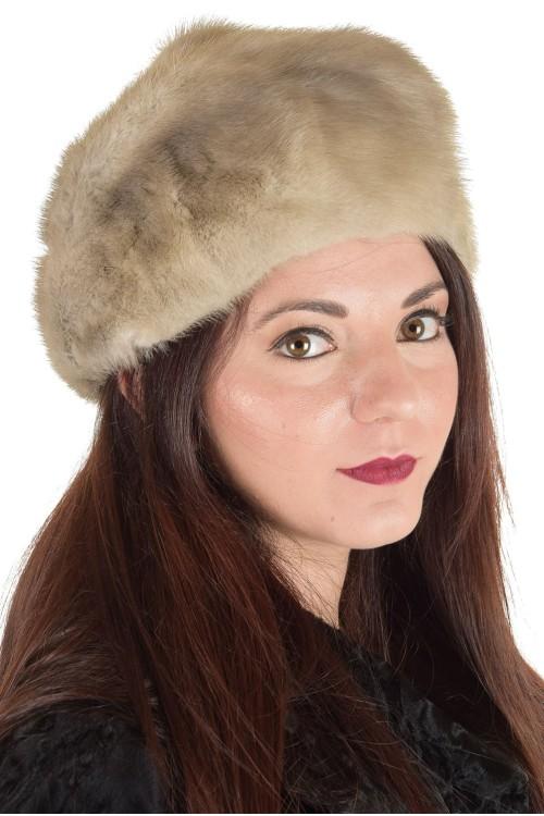 Актуална дамска шапка от естествен косъм 29.00