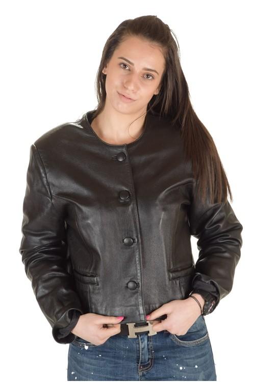 Отличная женская кожаная куртка 64.00