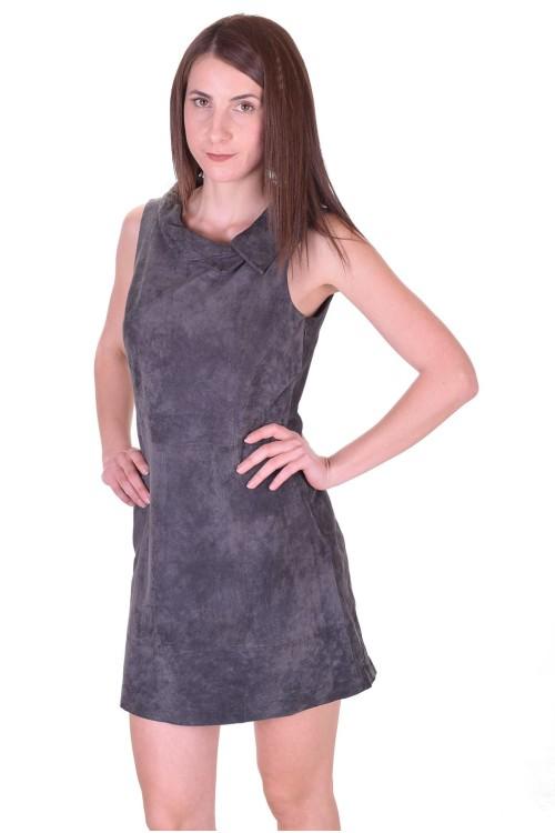 Дамска велурена рокля от естествена кожа 64.00