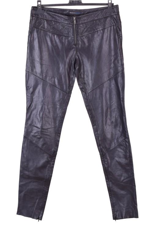 Черен дамски кожен панталон 32.00