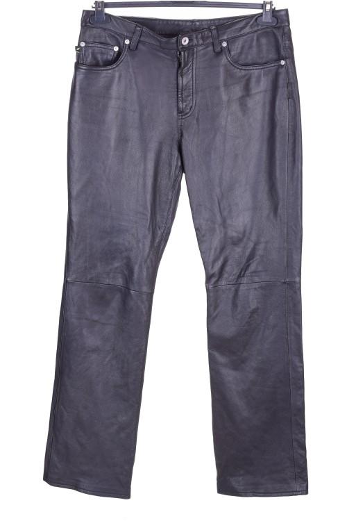 Брандов дамски кожен панталон 58.00