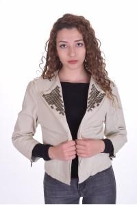 Экстравагантный женский бледно-бежевый пиджак из натуральной кожи