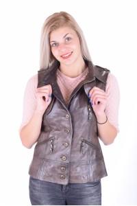 Экстравагантный кожаный жилет из натуральной кожи