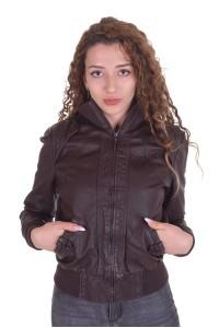 Спортивная женская куртка из натуральной кожи