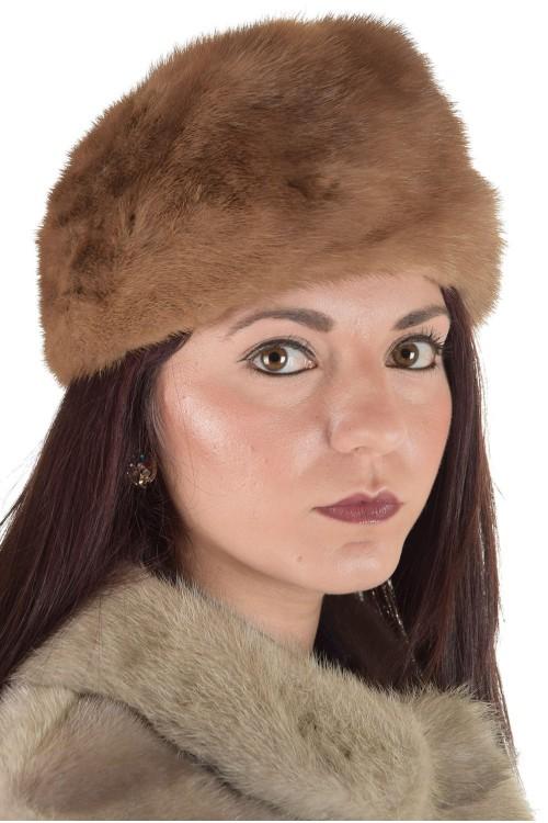 Бежова дамска шапка от норка 29.00