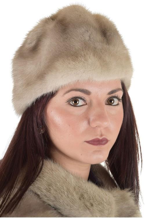 Страхотна дамска шапка от естествен косъм 29.00