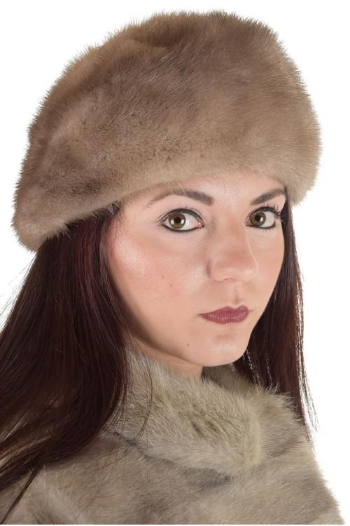 Дамска шапка от норка 29.00