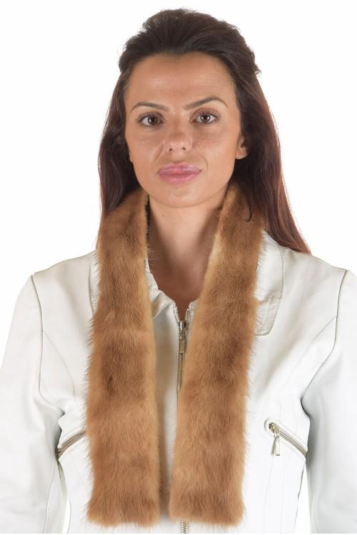 Бежова дамска яка от естествен косъм 29.00