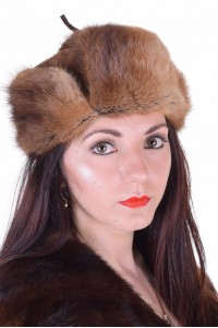 Отлична дамска шапка от ондатра